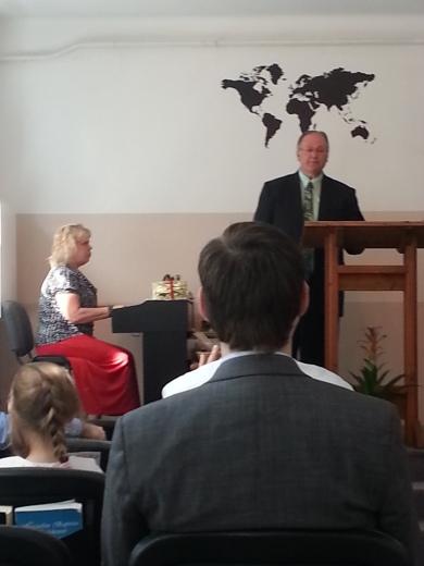 Bro. Graham and Mrs. Pam singing